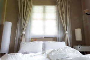 Window curtains and blinds